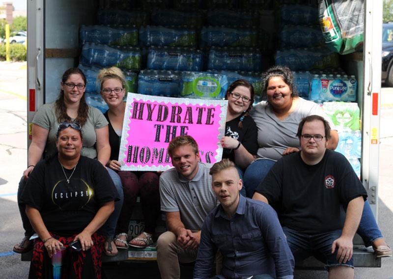 Nelnet Associates Volunteering Omaha Water for Homeless